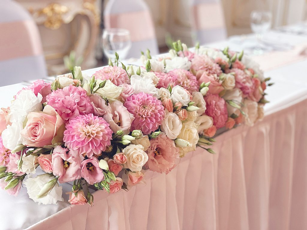 Esküvői főasztal dísz