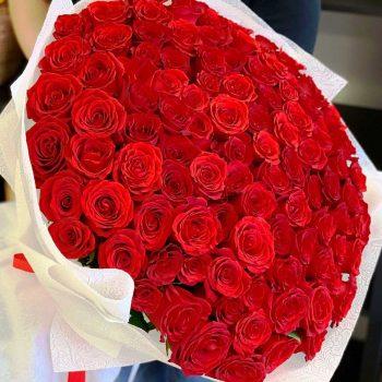 100 szálas rózsacsokor